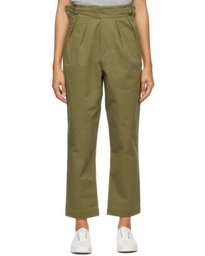 Брючные хлопковые зеленые брюки с поясом Maison Kitsuné