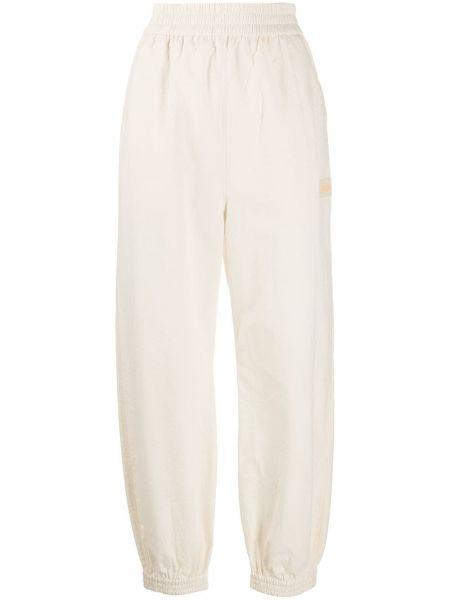 Спортивные брюки укороченные с завышенной талией Nanushka