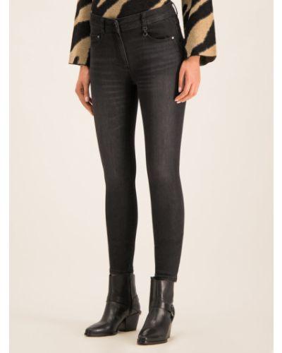 Czarne mom jeans Pennyblack