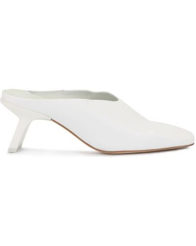 Белые мюли на каблуке Miista