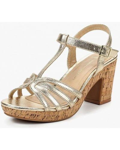 Босоножки на каблуке резиновые Dorothy Perkins
