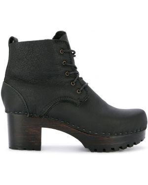Черные ботинки на каблуке на шнуровке круглые No.6