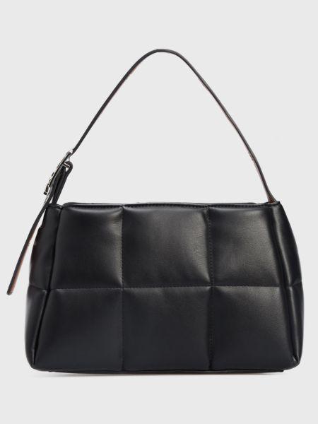 Черная сумка Calvin Klein