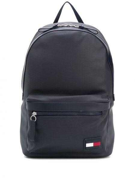 Синий рюкзак на бретелях с карманами с заплатками Tommy Hilfiger