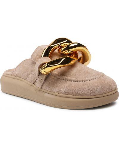 Beżowe sandały zamszowe Carinii