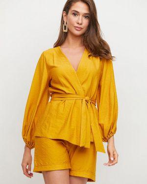 Костюмный желтый костюм Karree