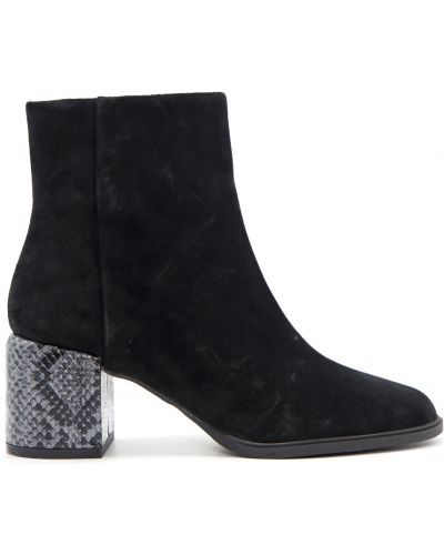 Ankle boots Apepazza