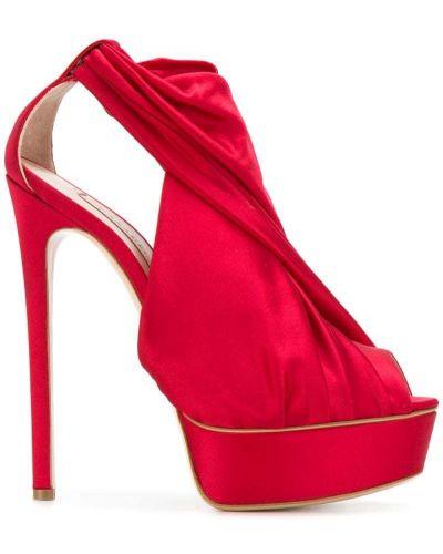 Красные сандалии на шнуровке Casadei