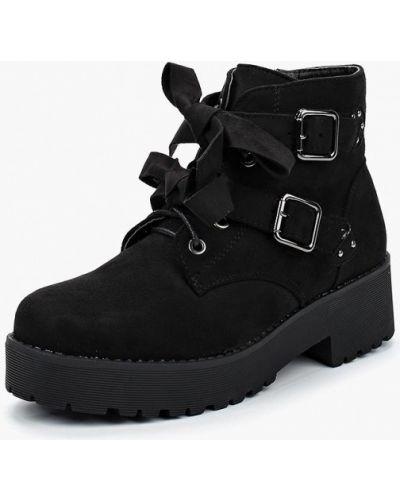 Черные ботинки на каблуке Vh