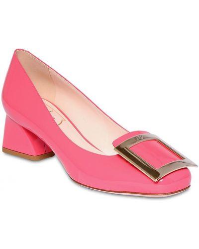 Розовые кожаные туфли с пряжкой с подкладкой металлические Roger Vivier