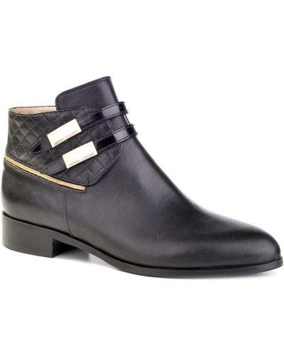 Кожаные сапоги осенние на каблуке Norma J.baker