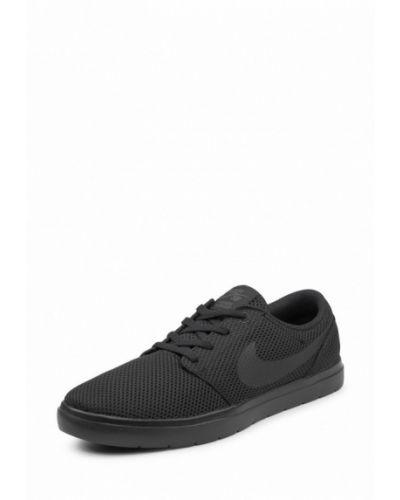 Черные низкие кеды Nike
