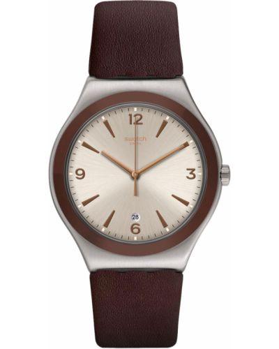 С ремешком кожаные серебряные часы на кожаном ремешке Swatch