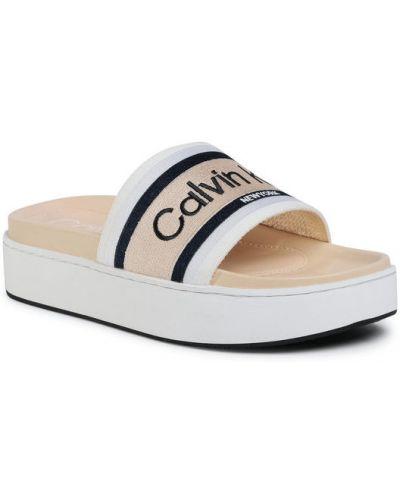 Beżowy klapki Calvin Klein