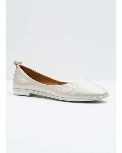 Кожаные туфли бежевый Vensi