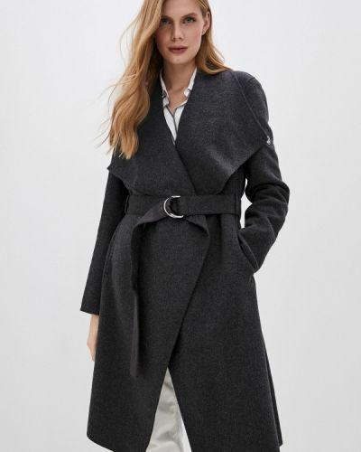 Серое пальто Calvin Klein