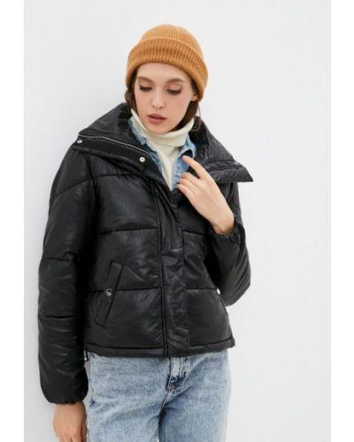 Черная кожаная куртка Softy