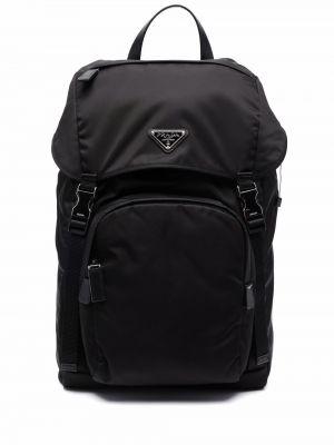 Czarny plecak z klamrą Prada