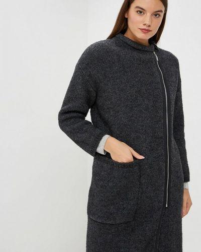 Пальто с капюшоном Brusnika