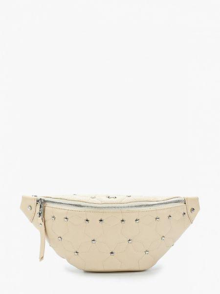 Бежевая поясная сумка с помпоном из натуральной кожи Labbra