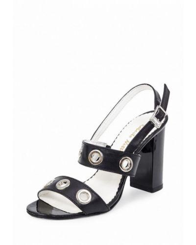 Черные босоножки на каблуке Roberto Netti