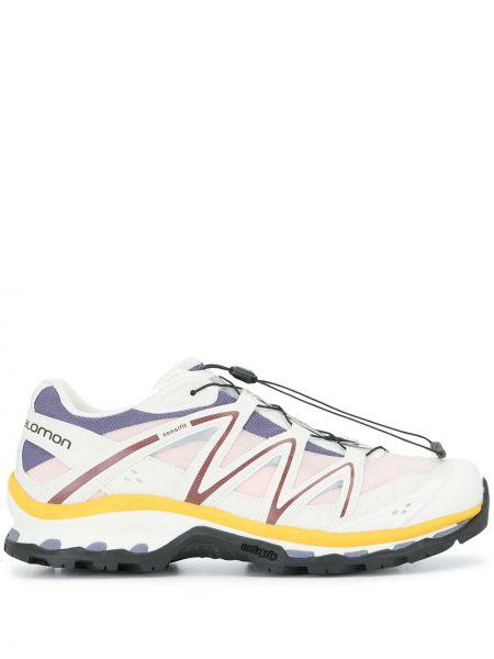 Массивные белые кроссовки со вставками Salomon S/lab