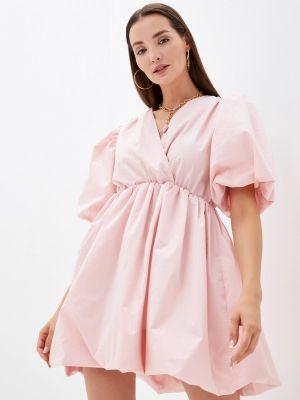 Розовое зимнее платье Imocean