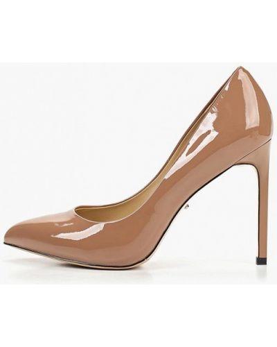 Туфли-лодочки на каблуке кожаные Vitacci