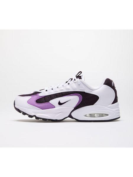 Белые туфли Nike