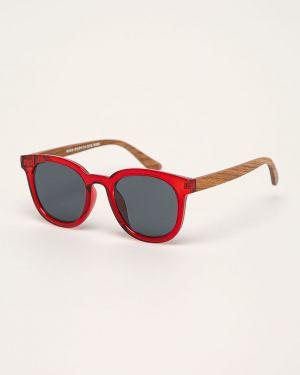 Czerwone okulary Medicine