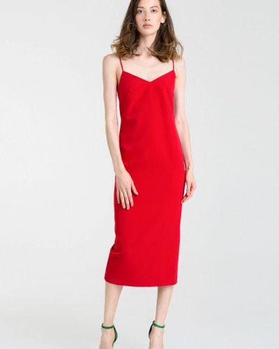 Платье осеннее красный Magnetic