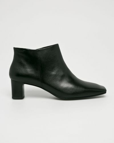Кожаные сапоги на каблуке текстильные Vagabond