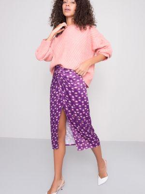 Fioletowa spódnica midi z wiskozy Fashionhunters