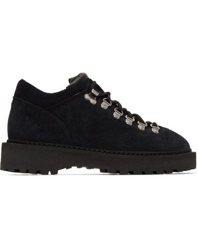 Czarne sneakersy skorzane koronkowe Diemme