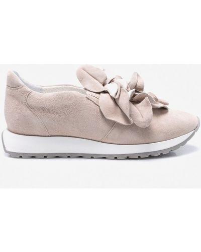 Бежевые кроссовки на платформе Gino Rossi