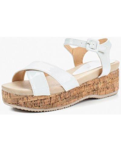 Босоножки на каблуке лаковые Damerose