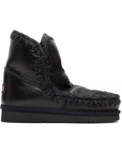 Черные ботинки на каблуке круглые Mou