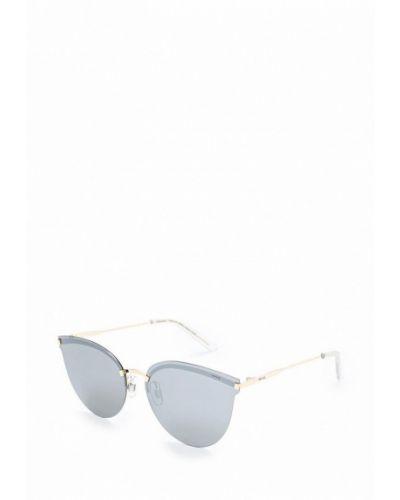 Солнцезащитные очки золотого цвета Invu