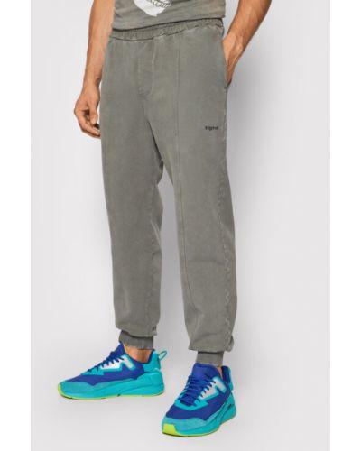 Szare spodnie dresowe Tigha