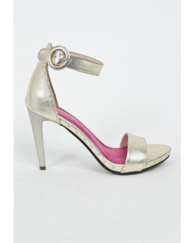 Туфли на высоком каблуке кожаные на каблуке Carinii