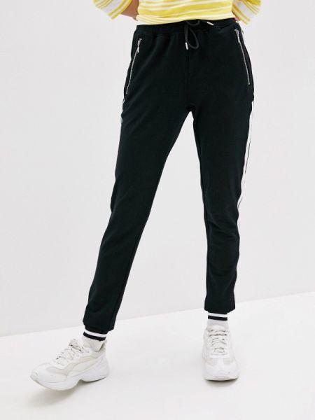 Спортивные брюки черные весенний Luhta
