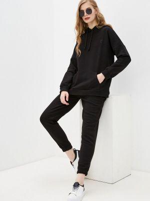 Костюмный черный спортивный костюм Vitacci
