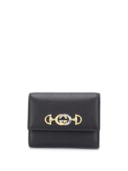 Czarny portfel skórzany z prawdziwej skóry z kieszeniami z gniazdem Gucci