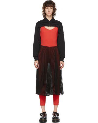 Czarna sukienka z haftem bez rękawów Pushbutton