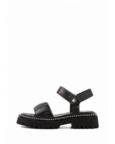 Черные кожаные сандалии Leberdes