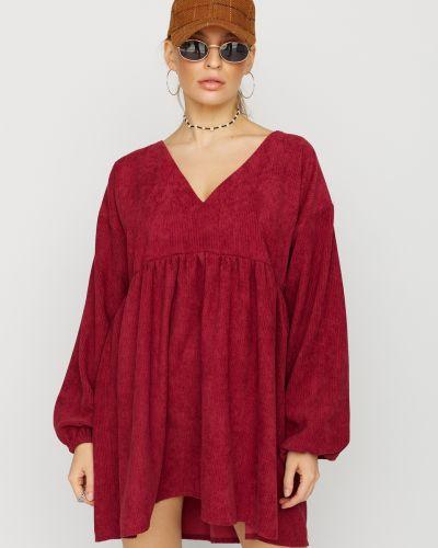 Платье мини с V-образным вырезом - красное Karree