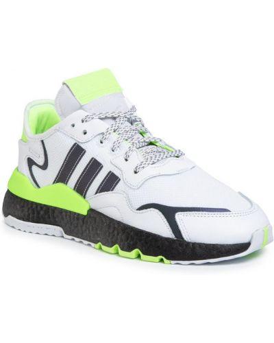 Białe joggery Adidas