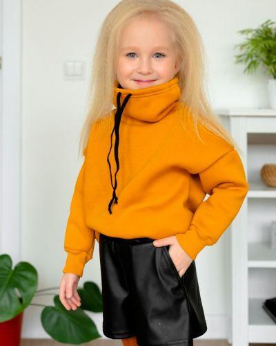 Свободные кожаные короткие шорты с карманами Looklie