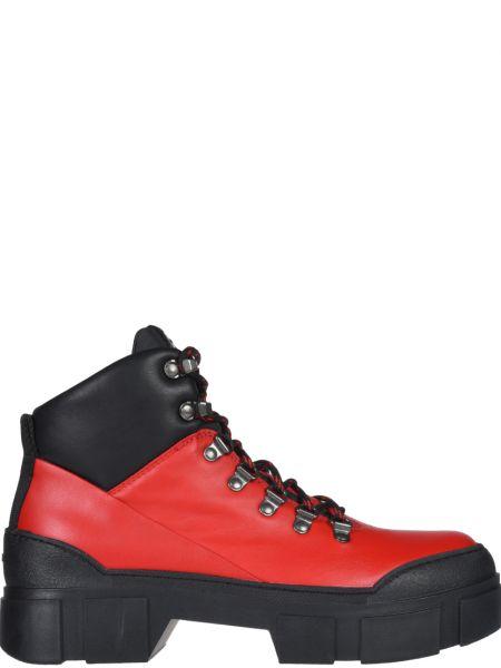 Кожаные ботинки - красные Vic Matie