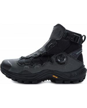 Зимние ботинки черные на шнуровке Merrell